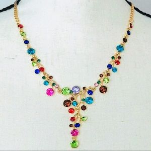 Jewelry - NEW! SPARKLING JEWELED STATEMENT NECKLACE IN GOLD